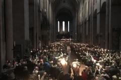 Aussendungsfeier des Friedenslichts im Mainzer Dom